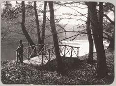 """""""Spala 1912"""" Um oficial em uma passarela em Spala."""