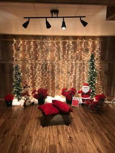 Perfect DIY Christmas Photo Booth Backdrop Ideas – New Year Christmas Photo Booth Backdrop, Christmas Backdrops, Diy Photo Booth, Photo Booths, Photo Shoot, Christmas Photo Props, Christmas Party Decorations, Christmas Picture Background, Christmas Portraits