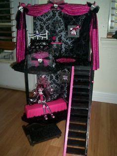Great ideas for a Monster High fan.