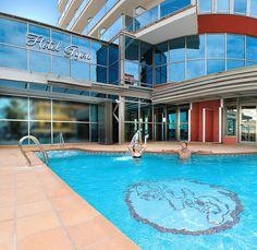 Hotel RH Gijón - Piscina Exterior, Outdoor Decor, Home Decor, Swiming Pool, Cozy, Walks, Hotels, Beach, Decoration Home