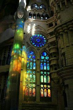 Light against light ... Barcelona