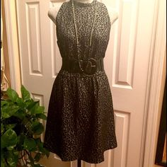 KENSIE Leopard Print Gorgeous Dress, Sz L ✨This is really a very sophisticated short dress. I always pair this with black blazer for work, but you're ready for a night out with this beautiful and gorgeous dress. ✨✨✨PLEASE NOTE: Belt is NOT included✨✨ kenzie Dresses Mini