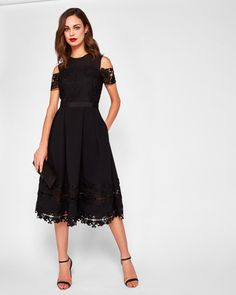 Discover Ted Baker's collection of stunning designs, from day and evening dresses, to signature, statement pieces to help create your show-stopping look. Black Lace Midi Dress, Evening Dresses, Prom Dresses, Casual Dresses, Formal Dresses, Little Dresses, Ted Baker, Dress Up, Tik Tok
