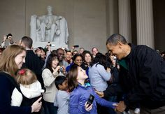 President Obama drops by the Lincoln Memorial