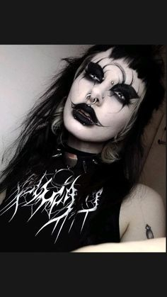 Punk Makeup, Edgy Makeup, Makeup Inspo, Makeup Art, Makeup Inspiration, Beauty Makeup, Hair Makeup, Helloween Make Up, Goth Make Up