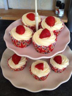 Wimbledon cupcakes!
