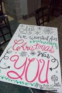 Christmas homecoming sign for husband's return from deployment @Julie @ limelanelove.com