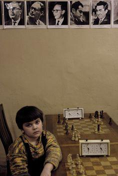 Vente de tirages photo avec Picto WhiteLab : Le joueur d'échec (Chess player) | Côté Maison (groupe L'Express)