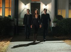 The Vampire Diaries Season 5 Premiere Spoiler Bomb: So. Much. Kissing. And 6 More Teases! http://sulia.com/channel/vampire-diaries/f/3d8188cf-3914-4ad9-8166-81a96555a8e6/?pinner=54575851&
