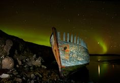 Photographer Þorsteinn H Ingibergsson has been taking amazing pictures of isolated and abandoned locations in Iceland for more than two decades. Cool Pictures, Cool Photos, Old Boats, Small Boats, Panoramic Photography, Float Your Boat, Top Of The World, Abandoned Places, Night Skies