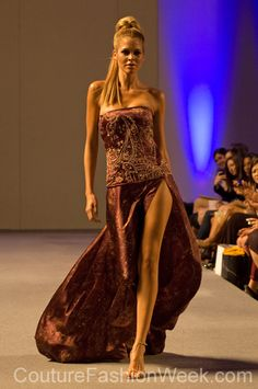 #moteuke #couture #stil #design #modell #kvinne #mote #fashion #2013 #josephdomingo #fotsid #kjole #tube #mønster