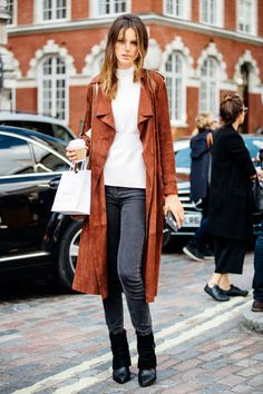 Fresh ways to style skinny jeans—when an ensemble needs interest, add a trench!