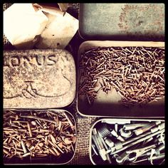 The things you find... Old metal tobacco tins filled with tacks... Even teeny weeny ones #8decoshots #metal #rustic #rusty #tacks #hardware #tins #antiques #oldwares #shedsearch #vintage @idknowhowshedoesit @Yanira La Puerta