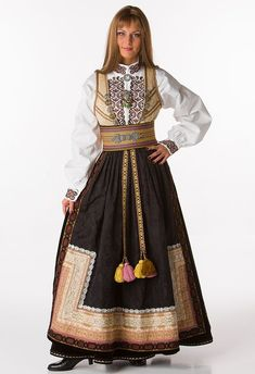 Стена Norwegian Clothing, Costume Ethnique, Concept Clothing, Folk Costume, Traditional Dresses, Costume Design, Folklore, Culture, Fashion Outfits