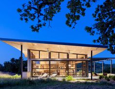 This modern version of a Mid-century ranch is environmentally-conscious and explores a contemporary version of the ranch ideals.  The Caterpillar house designed by Feldman Architecture.