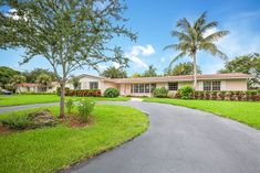 Just Listed in Palmetto Bay – Debra Wellins Real Estate: Pinecrest Coral Gables Coconut Grove Palmetto Bay, Interior Styling, Interior Design, Coconut Grove, Residential Real Estate, Coral Gables, Home Staging, Luxury Living, Luxury Lifestyle