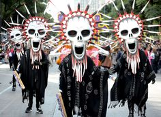 Figures of 'Catrina' it was used to filming 'Spectre 007' are seen during The Catrina Fest parade to celebrate Day of the Dead at Reforma Avenue.