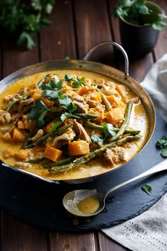 Cafe Delites | Chicken, Green Bean and Butternut Squash Curry | http://cafedelites.com