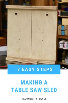 Learn how to make a table saw sled with this simple and easy DIY woodworking guide. This sled will help you make cross cuts and miter cuts more accurately. Diy Indoor Furniture, Pallet Furniture Plans, Diy Furniture Projects, Diy Projects, Build A Table, Make A Table, Diy Table, Woodworking Guide, Woodworking Projects Diy