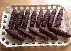 Parížske rožky, recept, Drobné pečivo | Tortyodmamy.sk Sausage, December, Candy, Chocolate, Cookies, Food, Basket, Sweet, Crack Crackers