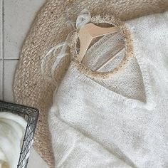 Petite Biche Rose & Co.: PULL IZIA Pull Angora, Ballet Shoes, Dance Shoes, Needlework, Wool, Stitch, Silk, Knitting, Point