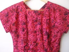 Deal of the Day 1950's Atomic Floral Wiggle by RealGlobalVintage, $36.00