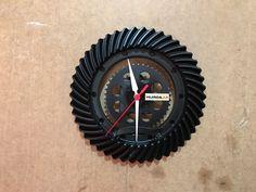 Craftsman Clocks, Car Parts Decor, Welding Projects, Cars, Furniture, Iron, Ideas, Tool Storage, Wall Clocks