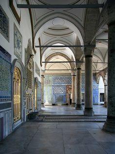Le palais de Topkapi fut pendant quatre siècles la résidence des sultans de l'Empire ottoman, à Istanbul en Turquie. Sur www.tripalbum.net