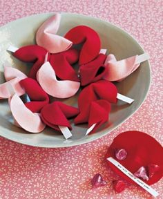 Holiday Gift: DIY Fortune Cookies with Felt & Hot Glue! Great V-Day gift or basket addition. Green & red for Xmas