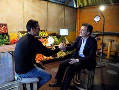 En San Martin, charlando con Gastón en su verdulería.