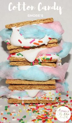 Cotton Candy Smore's (smores marshmallow treats) Chocolate Desserts, Easy Desserts, Delicious Desserts, Dessert Recipes, Yummy Food, Cotton Candy Party, Cotton Candy Recipes, Cotton Candy Drinks, Cotton Candy Cupcakes