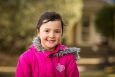 How to Achieve Blurred Backgrounds in Portraits | By: Guest Contributor: Darlene Hildebrandt |  A request I hear over and over from my students, is that they want to know how to create a beautiful, soft, blurred background like the image you see here. | From: digital-photography-school.com