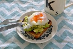Perfect poached eggs - BeNourishd