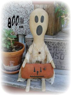 Primitive Ghost and Pumpkin primative halloween Halloween Sewing, Halloween Doll, Spooky Halloween, Vintage Halloween, Halloween Crafts, Holiday Crafts, Halloween Decorations, Halloween Stuff, Primitive Fall Crafts