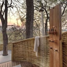 Outdoor showers are an absolute pre-requisite of mine when travelling in the African bush. Over the 15 years I've been travelling Africa,… Okavango Delta, Outdoor Bathrooms, Outdoor Showers, Lodge Bathroom, African Interior Design, Safari, African House, Game Lodge, Luxury Tents