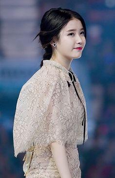 IU at Melon Music Awards, 13 November 2014 01 - IU (singer) - Wikipedia Girl Photo Poses, Girl Photos, Jimin Black Hair, Iu Hair, Female Reference, Blue Wedding Dresses, Iu Fashion, Korean Actresses, Korean Celebrities