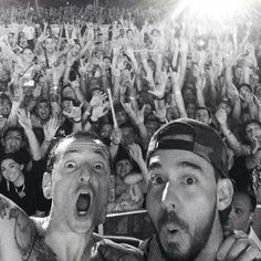 Selfie at the Carnivores tour! Chester Bennington and Mike Shinoda - Linkin Park