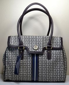 NWT WOMENS TOMMY HILFIGER SIGNATURE CONVENTIONAL SHOPPER SATCHEL PURSE HANDBAG  #TommyHilfiger #Satchel