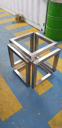 Trendiest Steel Furniture Ideas To Make Your Home A Better Place Steel Furniture Ideas Metal F Steel Furniture, Industrial Furniture, Diy Furniture, Furniture Design, Furniture Cleaning, Metal Projects, Welding Projects, Diy Projects, Balustrade Inox