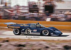 Mark Donohue / David Hobbs - Ferrari - Penske/White Racing - 12 Hours of Sebring - 1971 International Championship for Makes, round 3 - Challenge Mondial, round 1 - © Louis Galanos Sports Car Racing, Road Racing, Sport Cars, Auto Racing, Nascar, Vintage Racing, Vintage Cars, Vintage Auto, Ferrari Racing