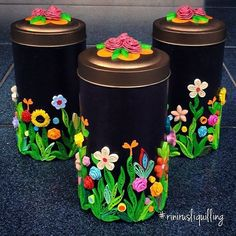 Discover thousands of images about Dijemur dulu di teras. Quilling Dolls, Quilling Paper Craft, Quilling Flowers, Paper Flowers, Paper Crafts, Paper Quilling Tutorial, Paper Quilling Patterns, Quilled Paper Art, Quilling Ideas