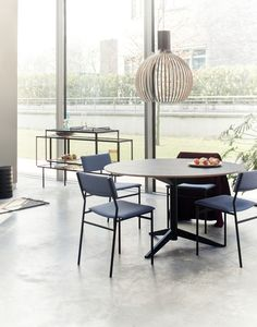 TE table and chairs | Martin Visser for Spectrum Design