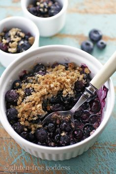 "Gluten-Free Goddess Blueberry Crumble-Crisp Recipe (millet and quinoa ""flakes"") - replace quinoa with more millet"