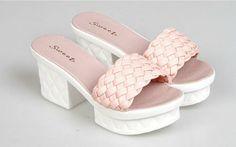 Noble Temperament Sweet Fashion Popular Weaving Solid Color Peep-toe Chunky Heels Platform Slippers