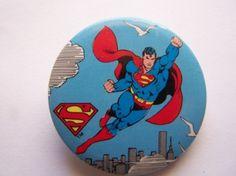 Superman Button /Vintage ' Licensed