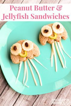 Peanut Butter & Jellyfish Sandwiches your family will love. This is a unique twist on the classic PB&J sandwich and promises to please even the pickiest eaters. Makes a great school lunch idea. #ad #FindingDory