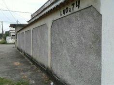 Casa de esquina com comércio