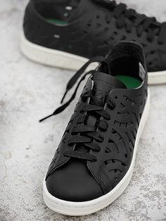 6504a0b74472 Buy Adidas Originals Women Black Stan Smith Leather Cut-Out Sneakers online