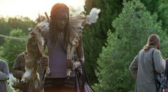 Season 7, Episode 4 (SPOILERS) TALKED ABOUT SCENE FROM THE WALKING DEAD SEASON 7, EPISODE 4 'Service' -Rick pleads with Michonne to surrender her gun to Negan.