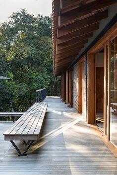 Casa de campo construída para apreciar a Serra da Mantiqueira - Constance Zahn | Casa & Decor